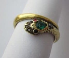 queen victoria snake ring