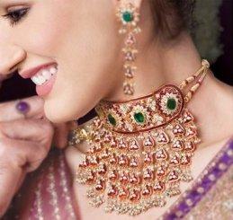 jewelry-and-skin-tone