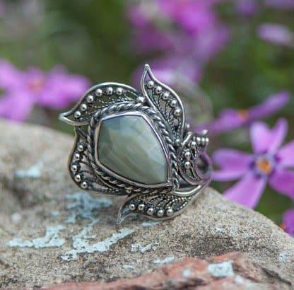 green-prase-ring-green-quartz-ring-cats-eye-prase-faceted-prase-filigree-sterling-silver-ring-natural-gemstone-ring