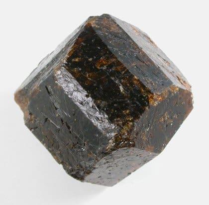 dravite-brown-tourmaline-from-australia