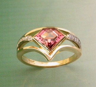 peach-tourmaline-ring