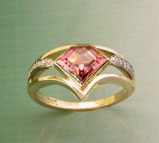 peach-tourmaline-ring