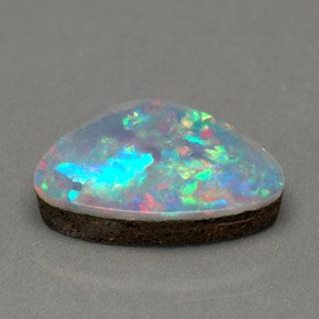 white-opal-doublet-gem-250952b