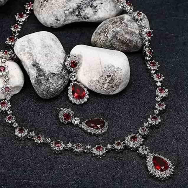 KnSam Women Platinum Plate Flower Teardrop Necklace Earrings Set Crystal