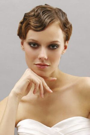 short hair bride finger waves