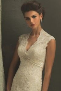 queen anne wedding dress neckline