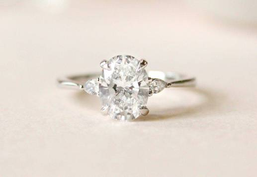 moissanite brilliant earth