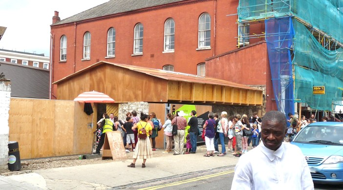 Queue for Dalston (mirrors) House nr Arcola Theatre Ashwin St Dalston London E8 020813 © david.altheer@gmail.com