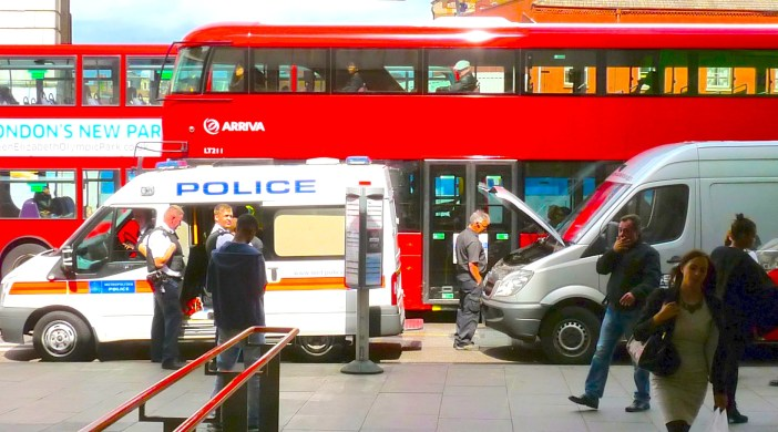 Policevan: was in collision with commercial van at Dalston Junction rail station 210814 © David AltheerPolicevan: was in collision with commercial van at Dalston Junction rail station 210814 © David Altheer
