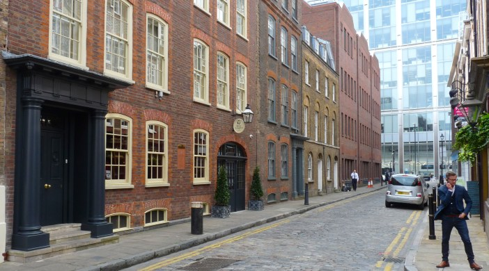 Batty Langley's Hotel 12-14 Folgate St Spitalfields London 240415 © DavidAltheer@gmail.com