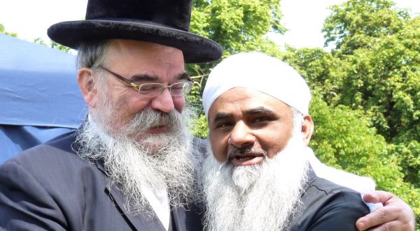 Rabbi Abraham Pinter, left, and Mohammed Sidat of Medina (Clapton) mosque @ Stoke Newington Hackney London N16 070615 © david.altheer@gmail.com