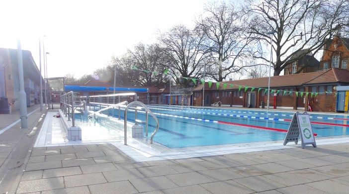 LonFieldsLido©DA18: London Fields Lido #Dalston #Hackney E8 030118 © david.altheer@gmail.com David Altheer 030118