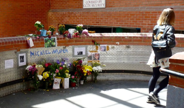 "Mikey©DA100519: Memorial to Michael ""Mikey"" Gregovich, the busker at the mall in Dalston, who died 280419 © david.altheer@gmail.com"