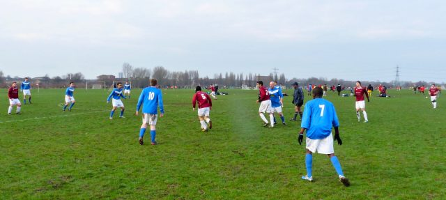 Marshes©DA:© david.altheer@gmail.com Birkbeck Orient FC 5, FC Haggerston 1 @ Hackney Marshes 13 Jan 2013