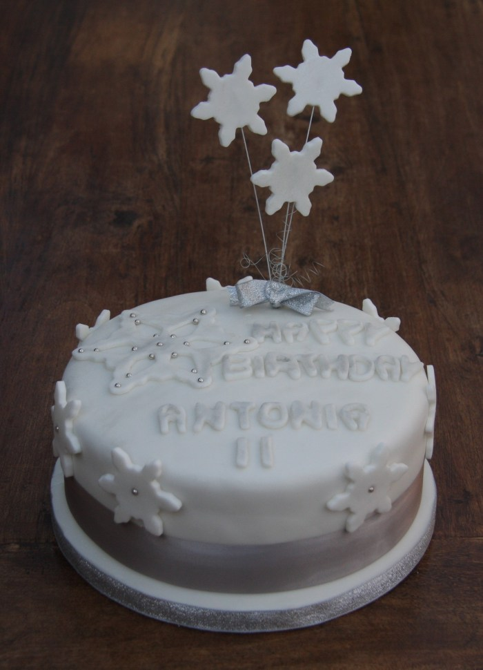 Snowflake Birthday Cake Lovinghomemade