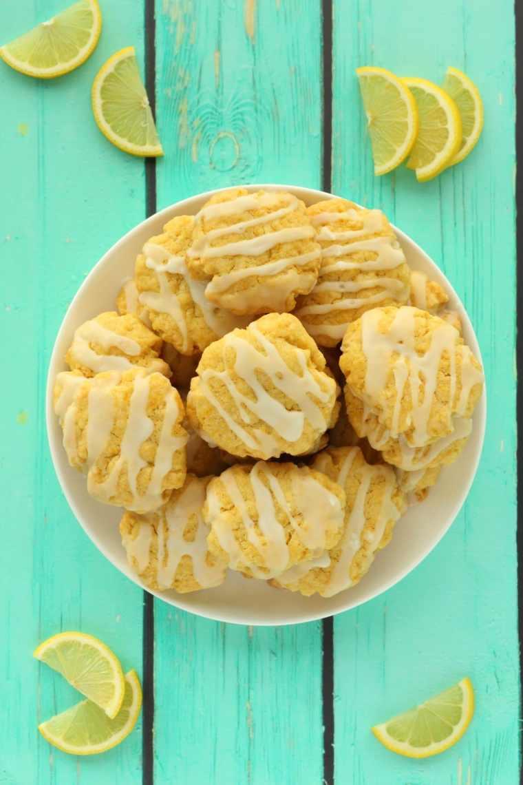 Vegan lemon cookies