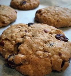 maple fruit nut cookies