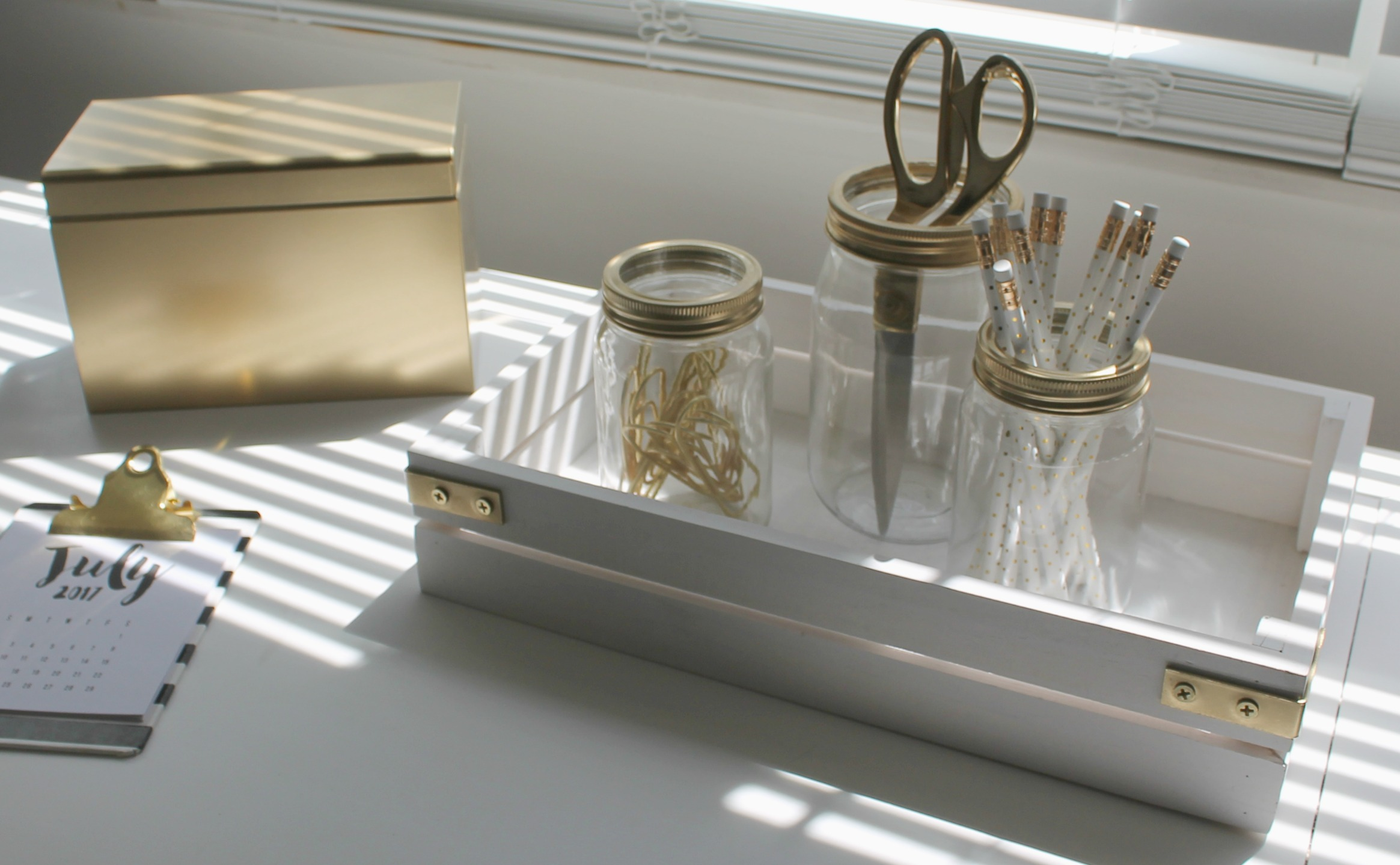 Diy Desk Organizer Diy Chic Desk Organizer Loving My New Simple Life