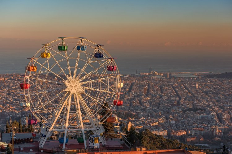 Barcelona's_Tibidabo_Amusement_Park