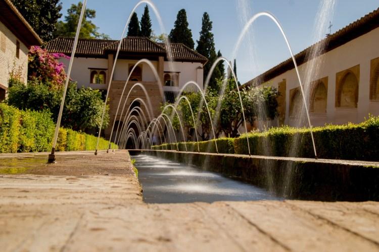 Life-in-Granada-Spain