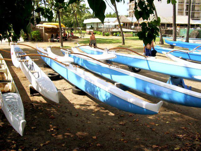 Canoes Parked at Kamakahonu Beach, Kailua Kona, Hawaii: Photo by Donnie MacGowan