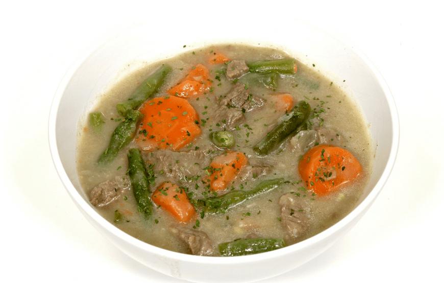 Sopa low carb de carne com legumes