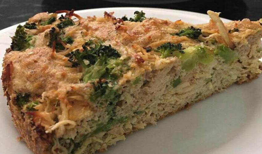 Torta Low Carb de Frango com Brócolis Muito Fácil de Fazer