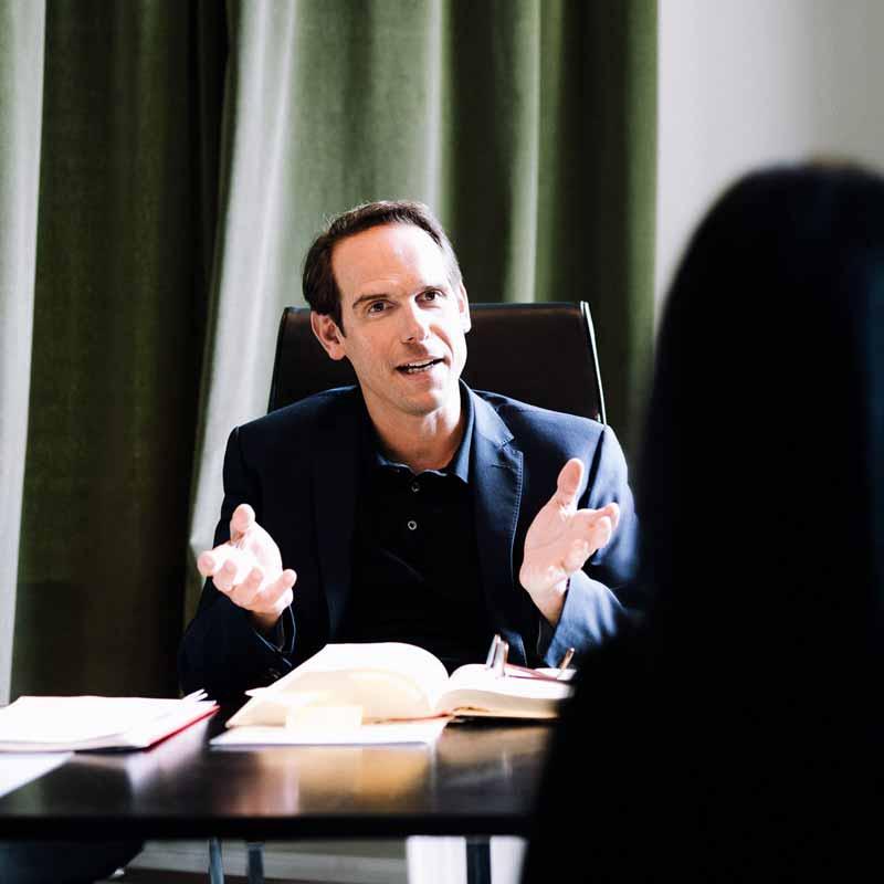 Rechtsanwaltskanzlei Lowack & Angerer: Rechtsanwalt Gert Lowack betreut die Bereiche Medizinrecht, Strafrecht, Arbeitsrecht, Familienrecht und Erbrecht
