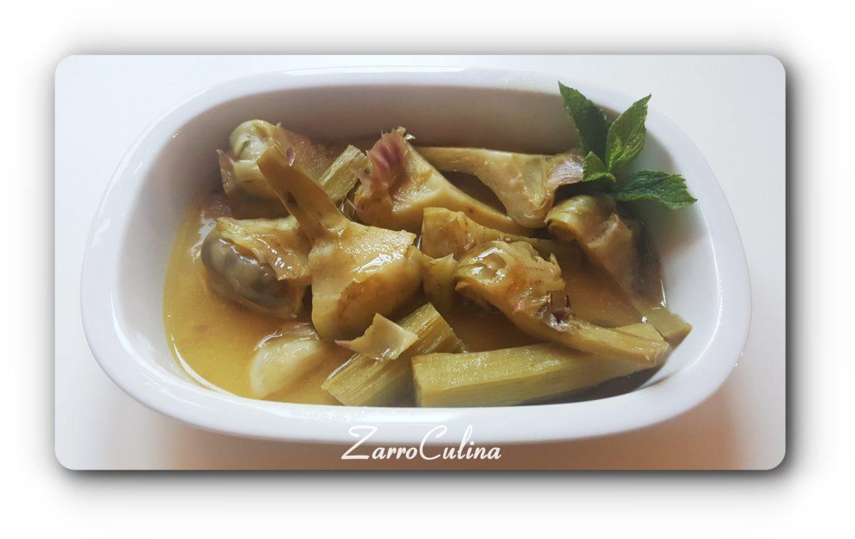 Italienische Artischocken kochen