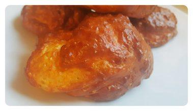 Nährwertangaben gesamte Portion Apfelpfannkuchen*: Kalorien: 274, Fett: 11,02 g, Kohlenhydrate: 11,66 g, Eiweiß: 31,95 g *Alle Nährwertangaben von mir selbst auf Basis der angegebenen Lebensmittel recherchiert. Die Angaben sind ohne Gewähr. Fehler oder Abweichungen können nicht ausgeschlossen werden.
