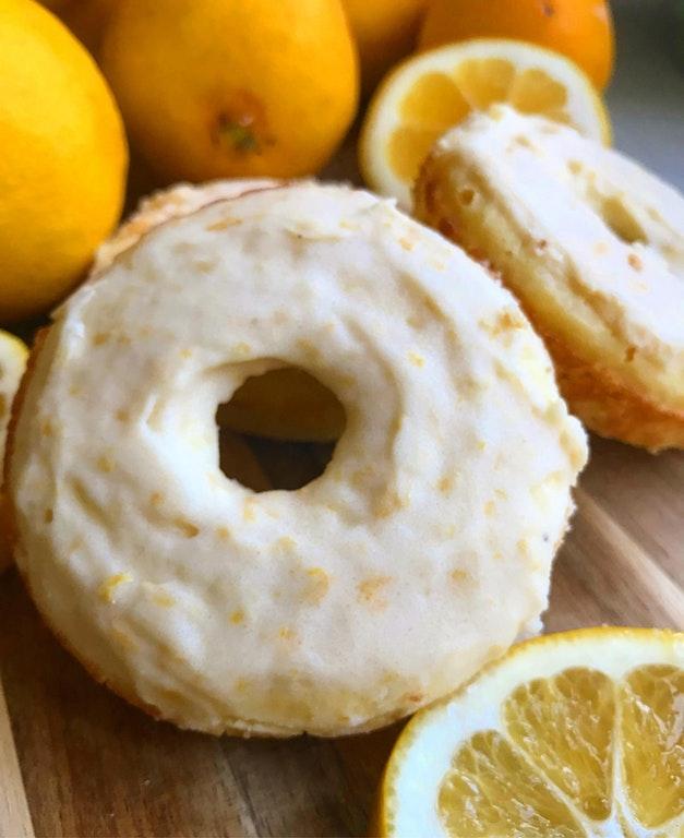 Keto lemon poundcake donuts