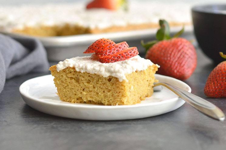 KETO VANILLA SHEET CAKE