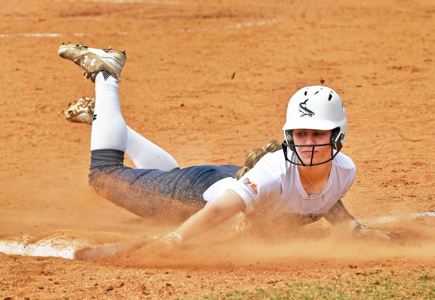 USCB Softball Posts Two Shutouts Vs. Ave Maria