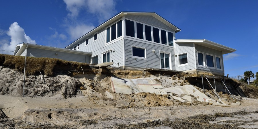 Need Hurricane Repairs? How to NOT Get Scammed by a Contractor