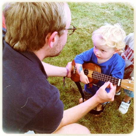 Tiny ukulele lesson