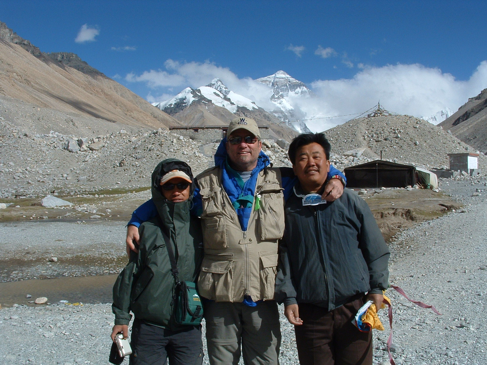 Pubu and Chen - with Everest in the background