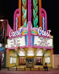 Crest Theater, Sacramento