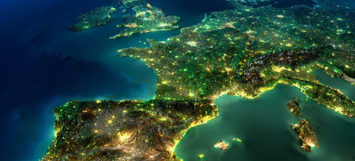 Europe passes last hurdle to end mobile roaming fees on June 15