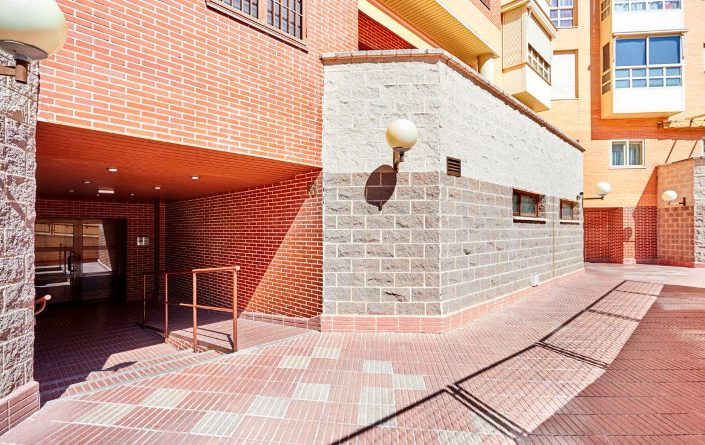 Piso en Calle de Nanclares de Oca, Madrid