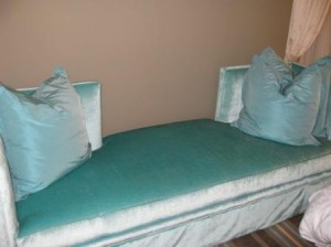 the-nines-sofa-portland-oregon