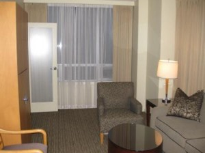 vancouver-westin-grand-sitting-room2