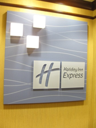 I should have stayed at a Holiday Inn Express last night (for bonus points)
