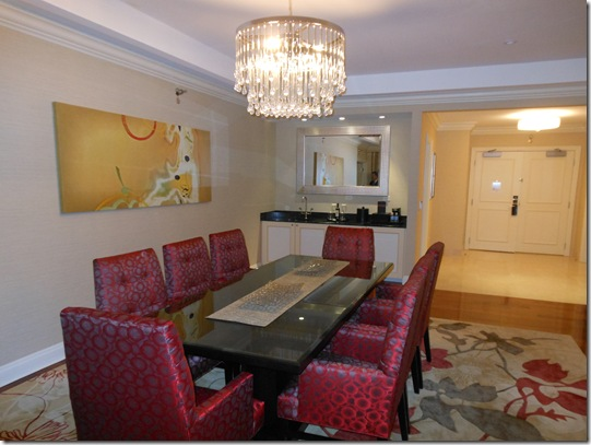 McCormick Suite dining room-2