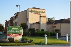 Courtyard Fresno exterior