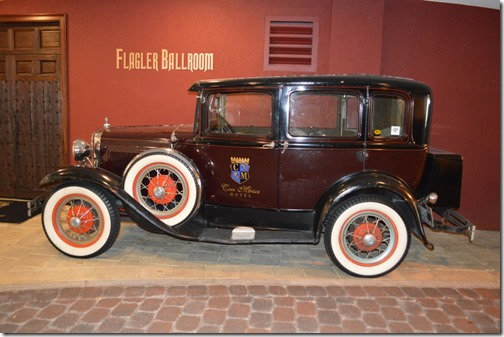 Casa Monica Antique Car