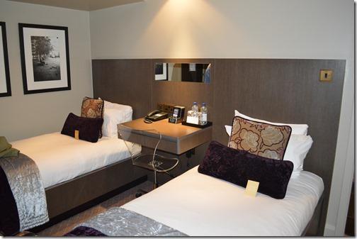 Room 4008