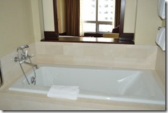 IC room tub