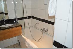 Skt Petri room-1 tub