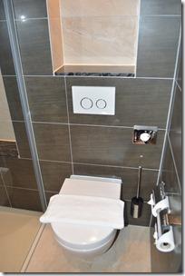 BW Couture toilet