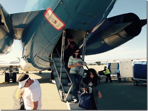 Allegiant Air MD-80 rear deboarding